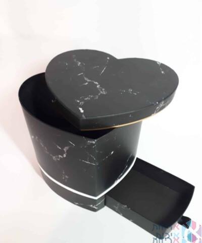 קופסאות קרטון דגם שיש בצורת לב