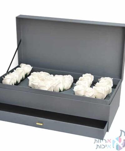 קופסאות לפרחים - I LOVE YOU נפתח עם מגירה